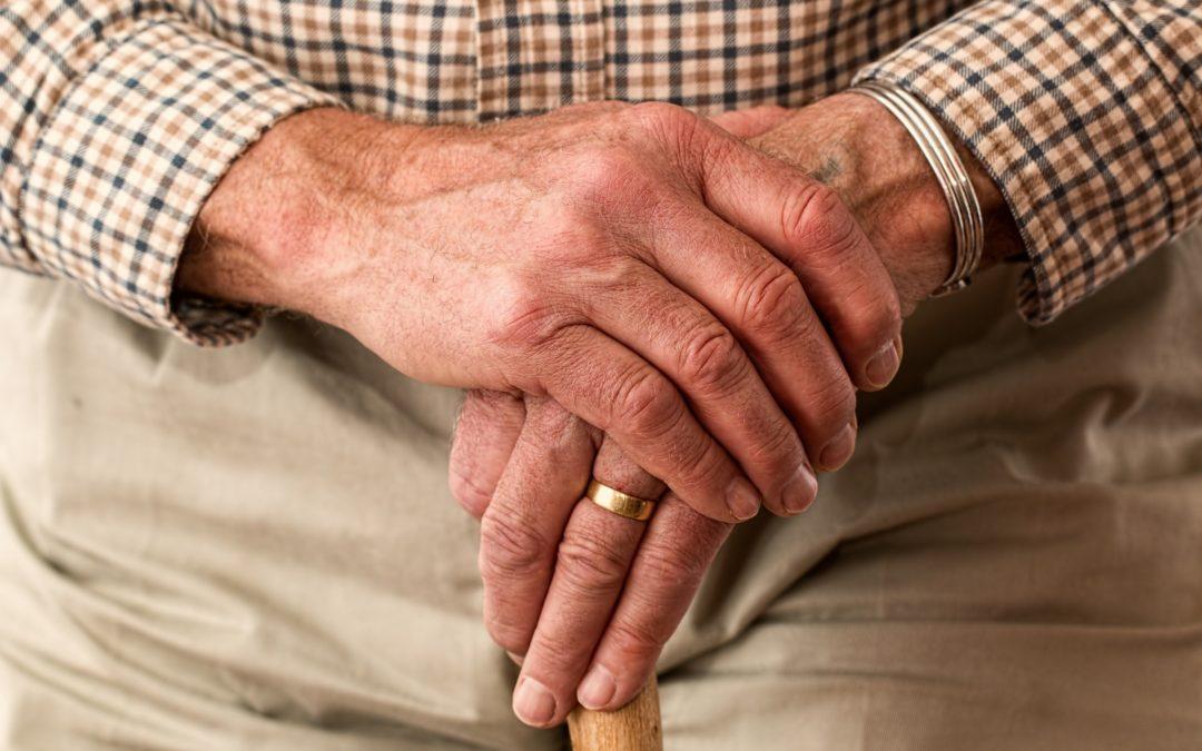 Emerge il problema degli anziani in Italia